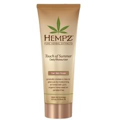 Увлажняющее молочко для тела с бронзантом среднего оттенка Хемпз Touch of Summer Fair Skin Tonea Hempz
